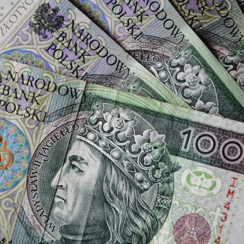 Uwaga na fałszywe banknoty